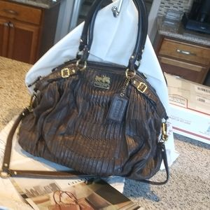 Coach leather bag ,gold details, good cond. Large.